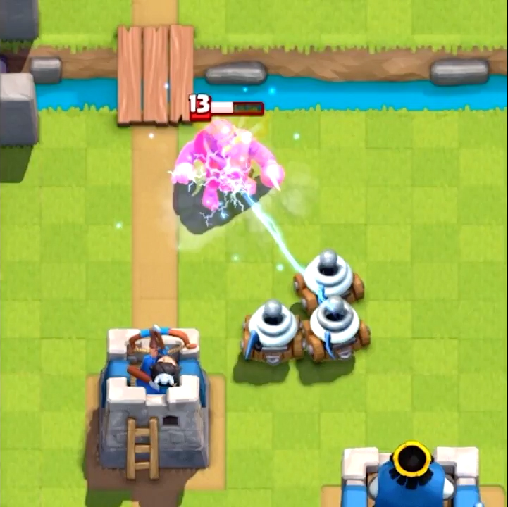 Zappies на поле Clash Royale